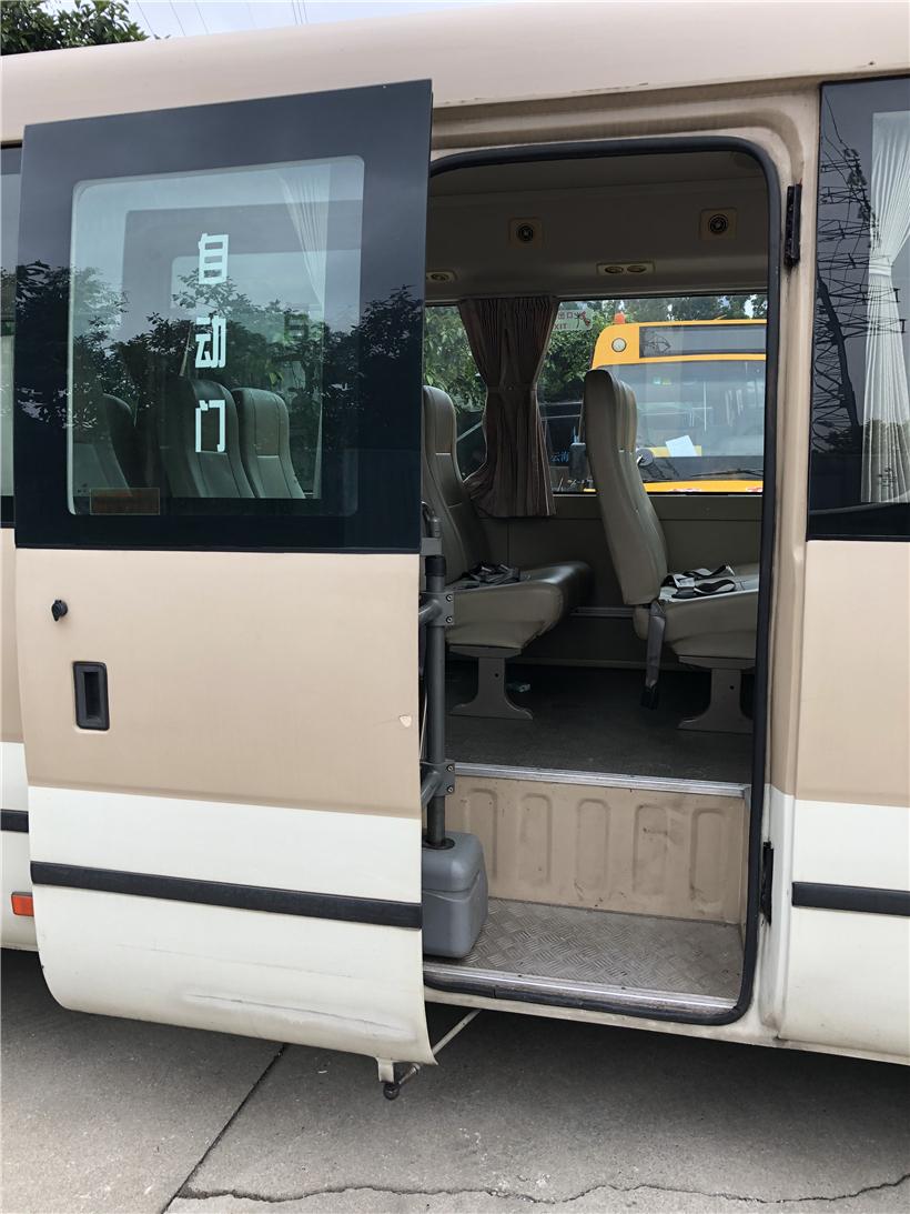 2014年11月23座广汽客车广汽骏威