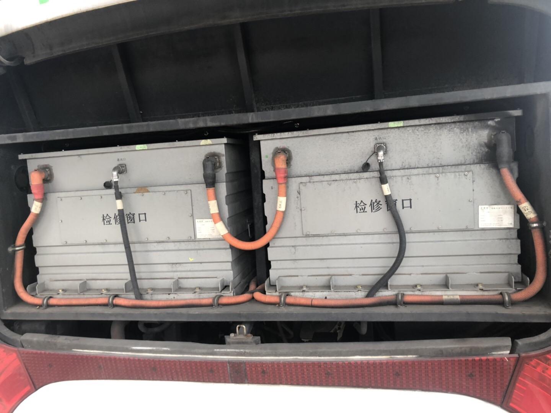 2015年12月49座五洲龙纯电动客车