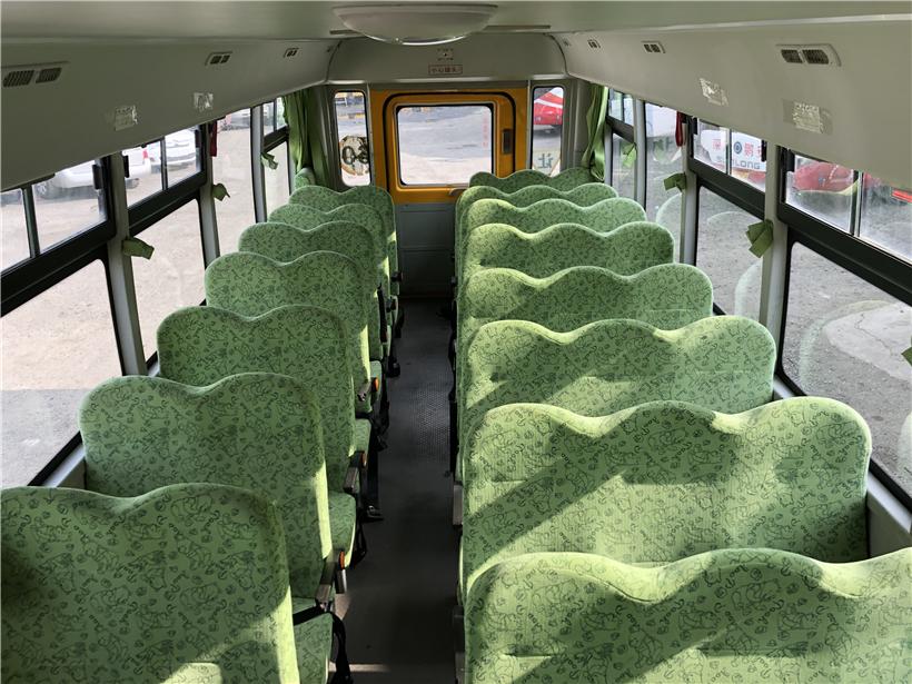 2014年8月41座海格幼儿校车